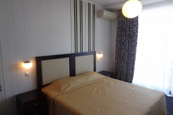 2-комн. квартира, 60 кв.м. на 5 человек, улица Геологов, Гурзуф - Фотография 2