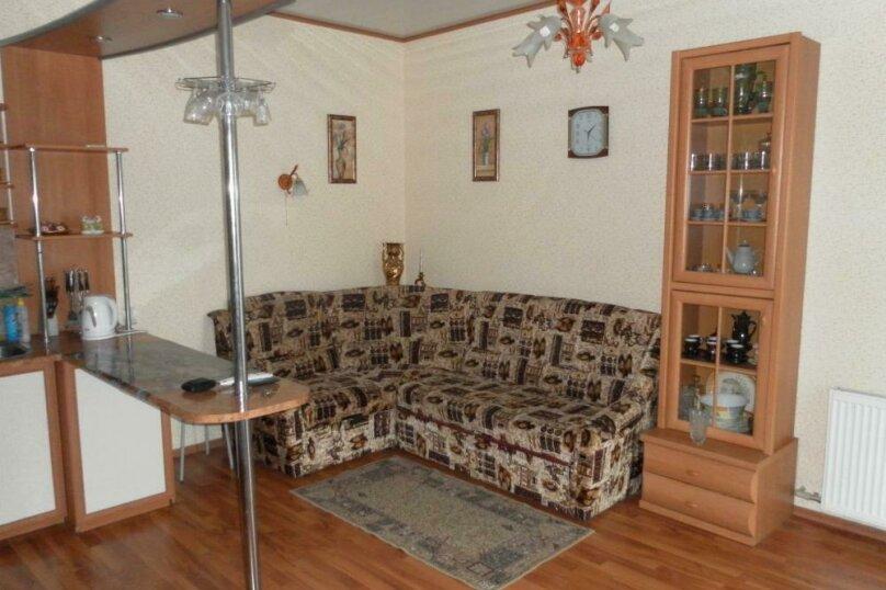 Дом, 60 кв.м. на 4 человека, 1 спальня, улица Тучина, 47, Евпатория - Фотография 1