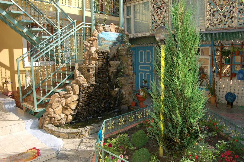 """Гостевой дом """"Фаина"""", улица Новороссийская, 33 на 10 комнат - Фотография 7"""