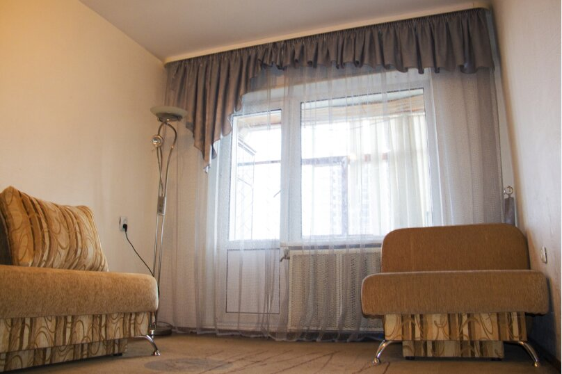 2-комн. квартира, 60 кв.м. на 5 человек, улица 50 лет Октября, 54, Тюмень - Фотография 5