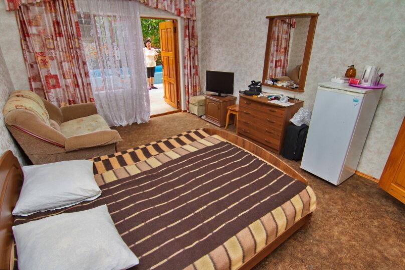 """Гостевой дом """"Лазурь"""", Лазурная улица, 22 на 37 комнат - Фотография 34"""