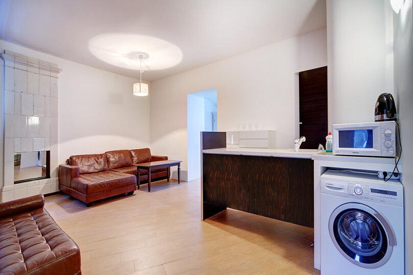 2-комн. квартира, 40 кв.м. на 4 человека, Миллионная улица, 23, Санкт-Петербург - Фотография 3
