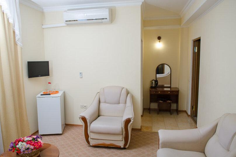 """Отель """"Ван"""", улица Калинина, 8 на 30 номеров - Фотография 7"""