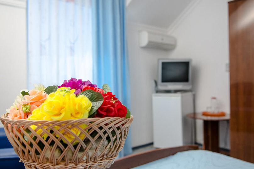 """Отель """"Ван"""", улица Калинина, 8 на 30 номеров - Фотография 11"""
