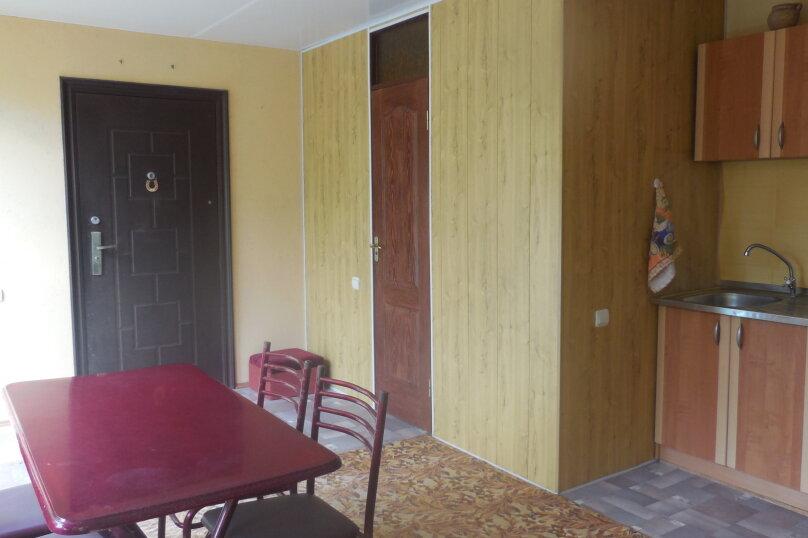 """Гостевой дом """"У Оксаны"""", Строительная улица, 27 на 5 комнат - Фотография 17"""