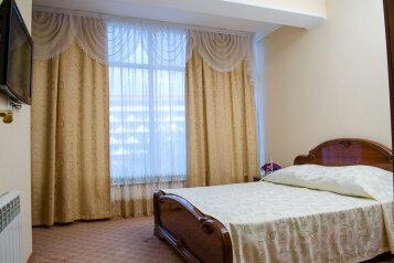 Отель, улица Калинина, 8 на 30 номеров - Фотография 3