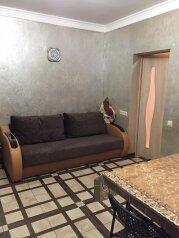 Дом, 120 кв.м. на 8 человек, 3 спальни, Православная улица, Адлер - Фотография 2
