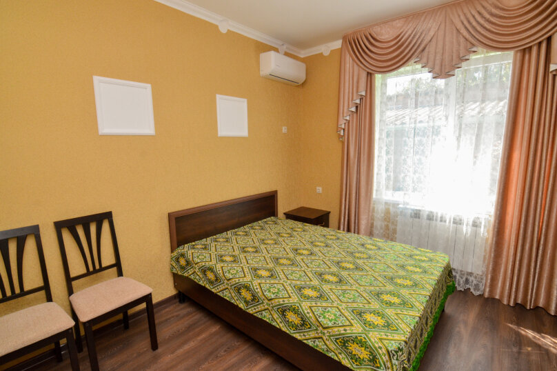 1-комн. квартира на 2 человека, улица Олега Кошевого, 7, Заозерное - Фотография 2