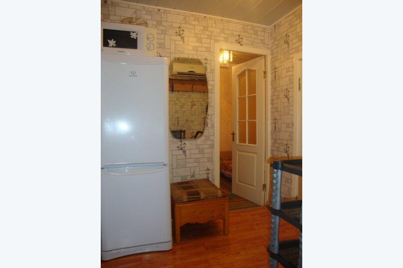 2-комн. квартира, 35 кв.м. на 4 человека, улица Багликова, 12, Алушта - Фотография 3
