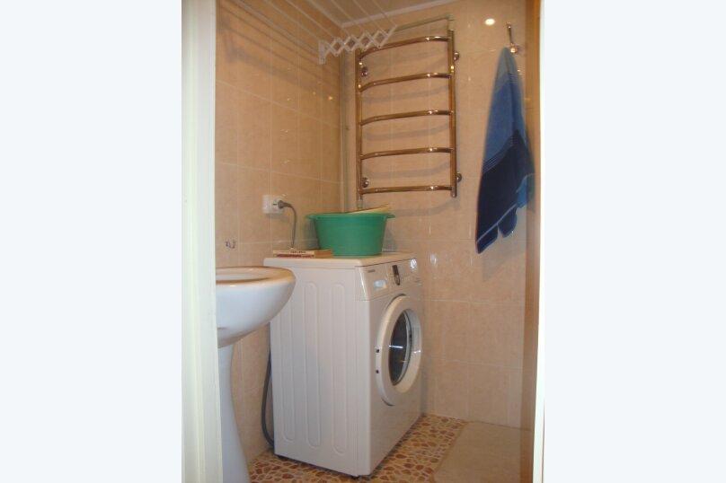 2-комн. квартира, 35 кв.м. на 4 человека, улица Багликова, 12, Алушта - Фотография 5