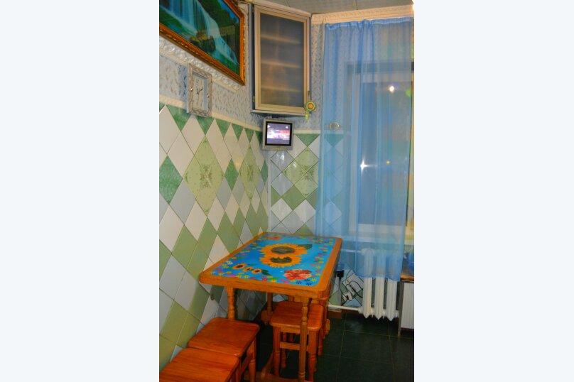 2-комн. квартира, 47 кв.м. на 4 человека, улица Сурикова, 6, Алупка - Фотография 3