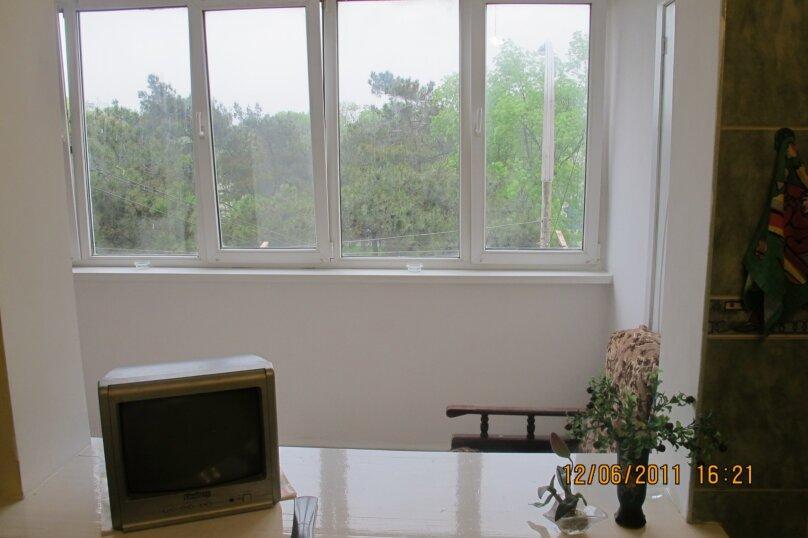 1-комн. квартира, 52 кв.м. на 5 человек, улица Советов, 23, Новороссийск - Фотография 8