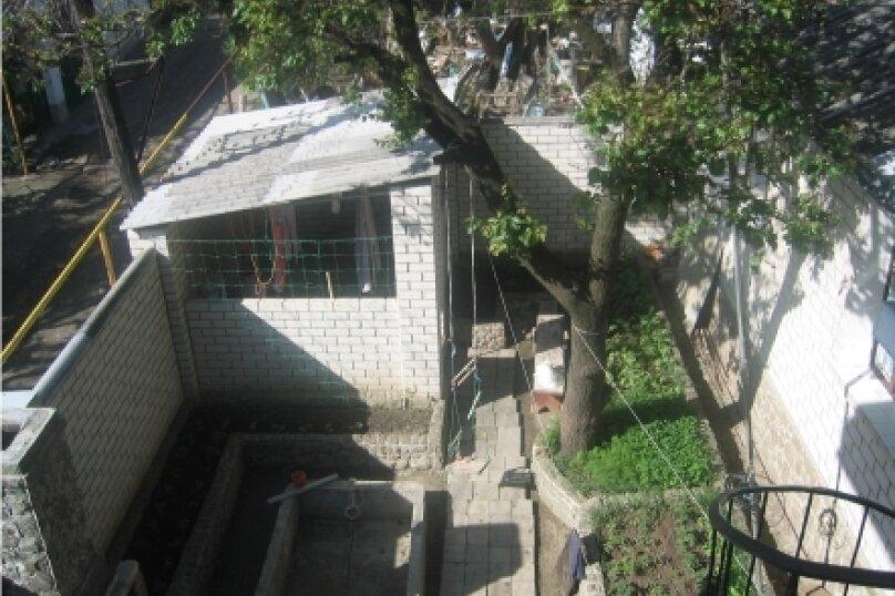"""Гостевой дом """"У Елены"""", Крымская улица, 1 на 3 комнаты - Фотография 13"""