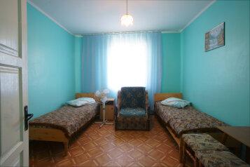 Частный мини пансионат  Парус  Крым Феодосия, Барановская улица, 3 на 5 номеров - Фотография 2