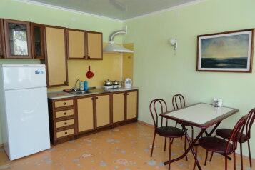 Частное домовладение, Комарова, 3 на 3 номера - Фотография 4
