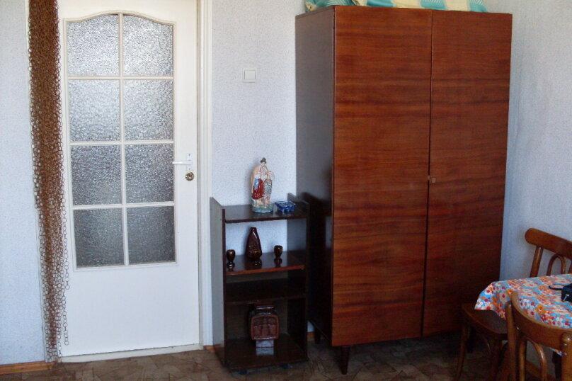 1-комн. квартира, 22 кв.м. на 3 человека, улица Энгельса, 24, Феодосия - Фотография 2