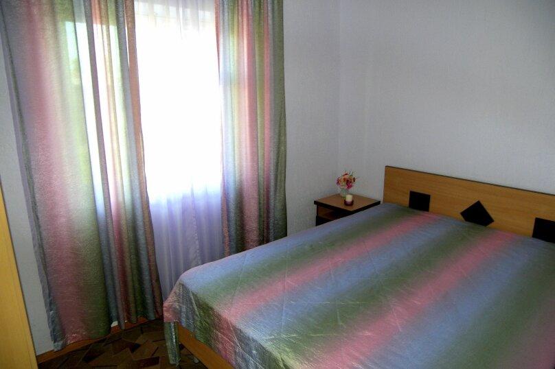 Двухкомнатный четырехместный номер с кухней, 2-й Черноморский переулок, 10, Витязево - Фотография 1
