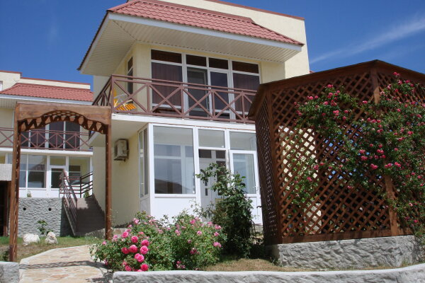 Гостевой дом с отдельными номерами, Ленина, 142 Г на 5 номеров - Фотография 1