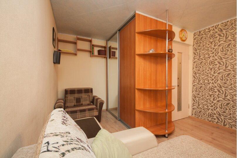 1-комн. квартира, 37 кв.м. на 3 человека, Бебеля, 57, Красноярск - Фотография 5