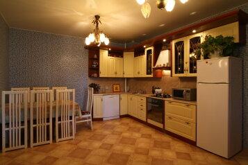 Дом, 300 кв.м. на 16 человек, 3 спальни, село Кудиново, Ногинск - Фотография 2