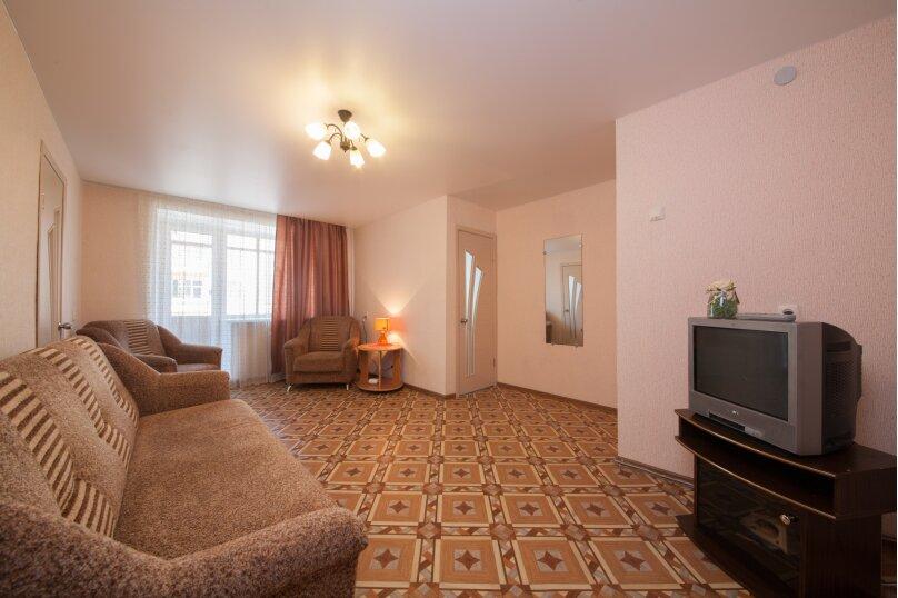 3-комн. квартира, 78 кв.м. на 5 человек, Робеспьера, 29, Красноярск - Фотография 2