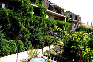 Частная гостиница, Садовая на 16 номеров - Фотография 1