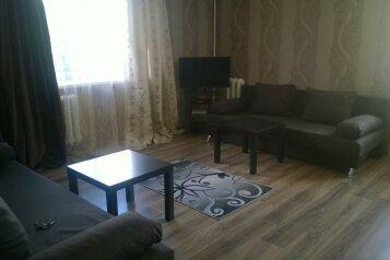 2-комн. квартира, 60 кв.м. на 8 человек, улица Якова Свердлова, Екатеринбург - Фотография 3