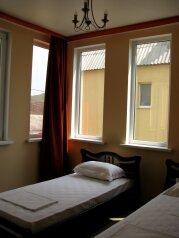 Коттедж , 80 кв.м. на 6 человек, 2 спальни,    с.Веселое ул.Мичурина, Судак - Фотография 3