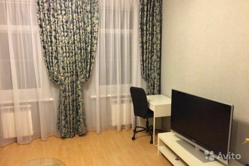 2-комн. квартира, 80 кв.м. на 8 человек, Московский проспект, 193, Санкт-Петербург - Фотография 2
