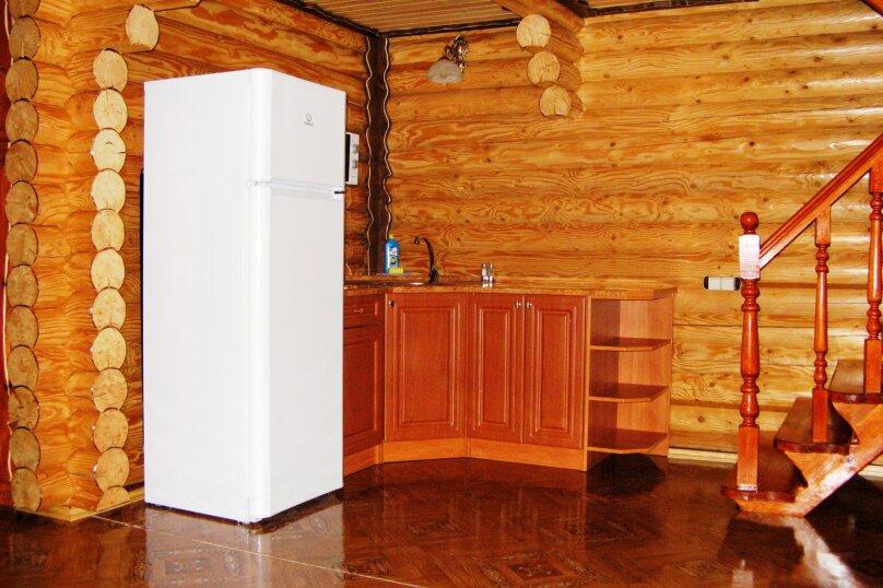 Двухэтажный деревянный коттедж, Школьная, 1 Б, Морское - Фотография 6