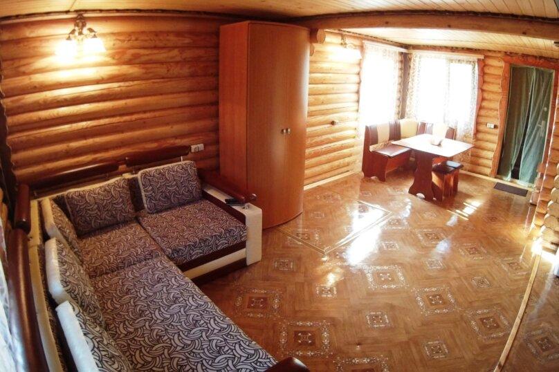 Двухэтажный деревянный коттедж, Школьная, 1 Б, Морское - Фотография 8