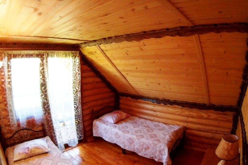 Двухэтажный деревянный коттедж, Школьная, 1 Б, Морское - Фотография 10