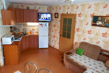 Коттедж, 35 кв.м. на 4 человека, 1 спальня, улица Соловьева, Гурзуф - Фотография 2