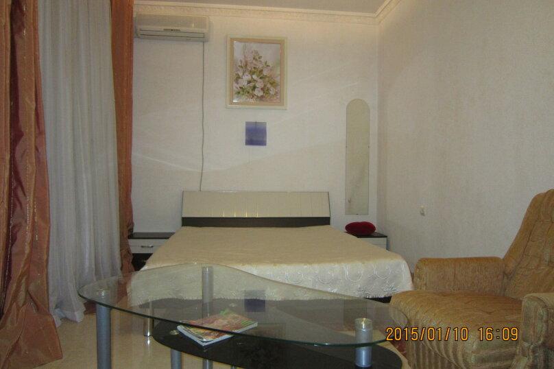 Первый этаж дома рядом с Набережной и пляжем!, 50 кв.м. на 4 человека, 2 спальни, Пальмиро Тольятти, 12, Ялта - Фотография 15