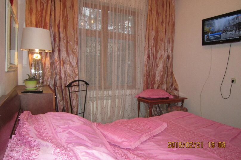 Часть дома на 4 человека рядом с морем и Набережной, 60 кв.м. на 4 человека, 2 спальни, улица Пальмиро Тольятти, 12, Ялта - Фотография 12