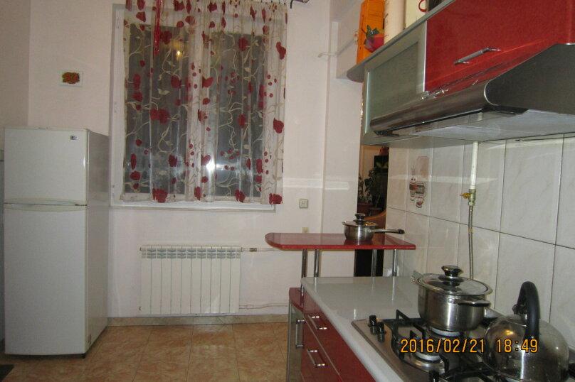 Часть дома на 4 человека рядом с морем и Набережной, 60 кв.м. на 4 человека, 2 спальни, улица Пальмиро Тольятти, 12, Ялта - Фотография 13