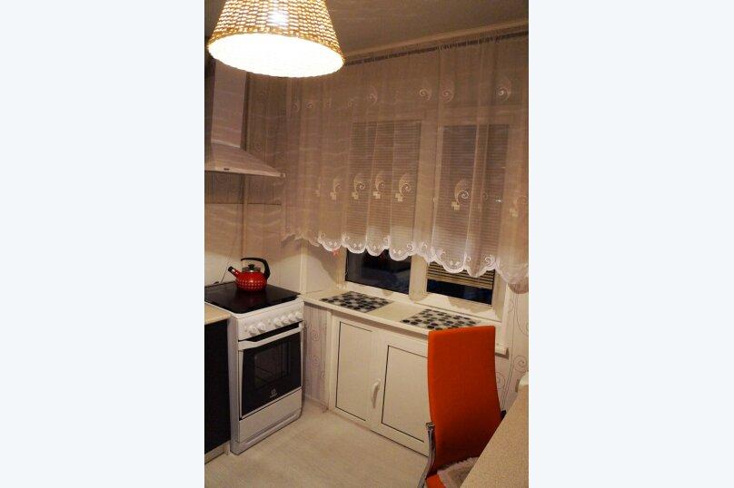 2-комн. квартира на 4 человека, Российская улица, 303, Челябинск - Фотография 6