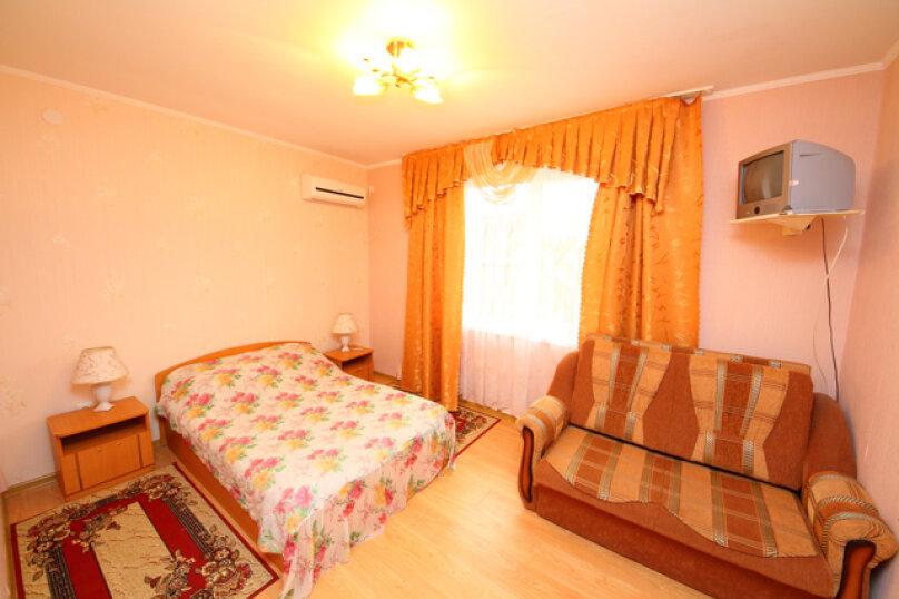 """Гостевой дом """"Нодари"""", улица Гоголя, 188 на 23 комнаты - Фотография 3"""