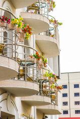 Отель, улица Островского на 17 номеров - Фотография 1