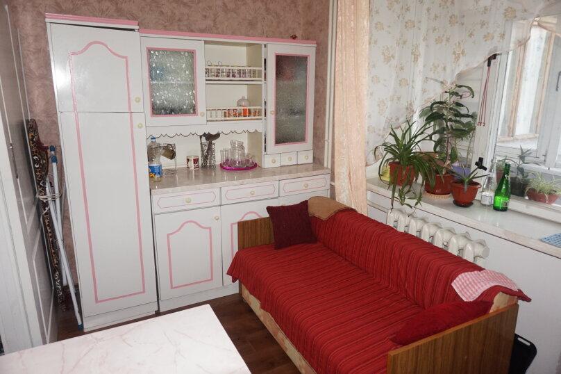 1-комн. квартира, 42 кв.м. на 4 человека, переулок Шаумяна, 1, Феодосия - Фотография 5