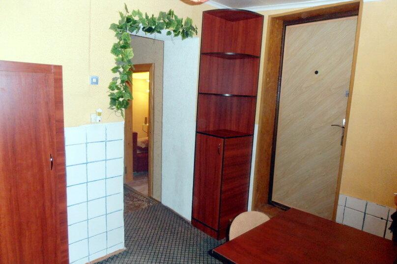 Дом в общем дворе (квартира на земле), 36 кв.м. на 5 человек, 2 спальни, улица Мориса Тореза, 9, Евпатория - Фотография 3