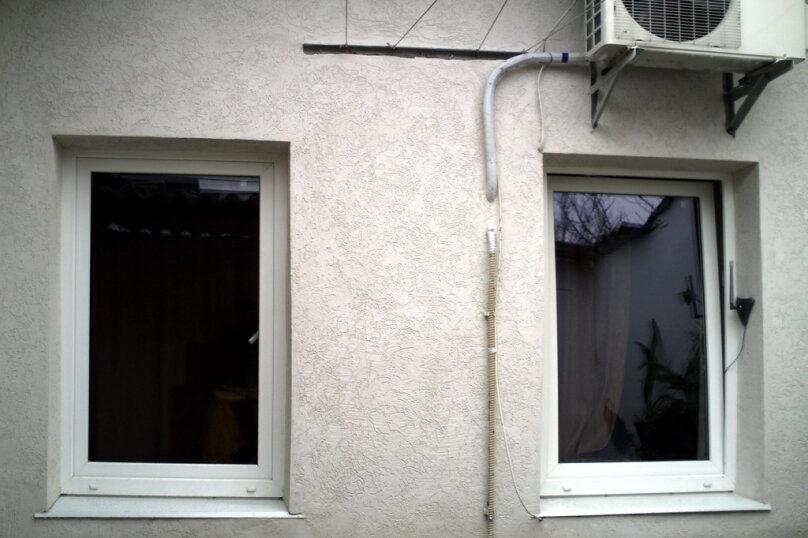Дом в общем дворе (квартира на земле), 36 кв.м. на 5 человек, 2 спальни, улица Мориса Тореза, 9, Евпатория - Фотография 5