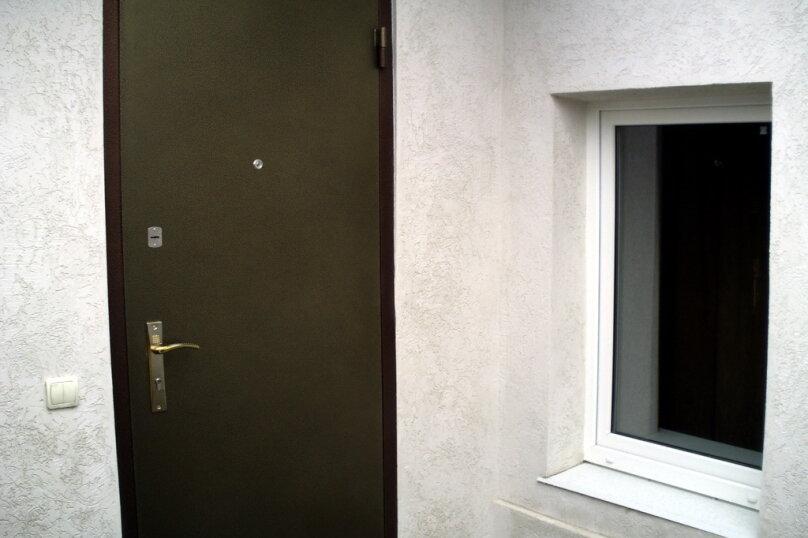 Дом в общем дворе (квартира на земле), 36 кв.м. на 5 человек, 2 спальни, улица Мориса Тореза, 9, Евпатория - Фотография 7