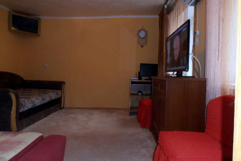 Дом в общем дворе (квартира на земле), 36 кв.м. на 5 человек, 2 спальни, улица Мориса Тореза, 9, Евпатория - Фотография 14