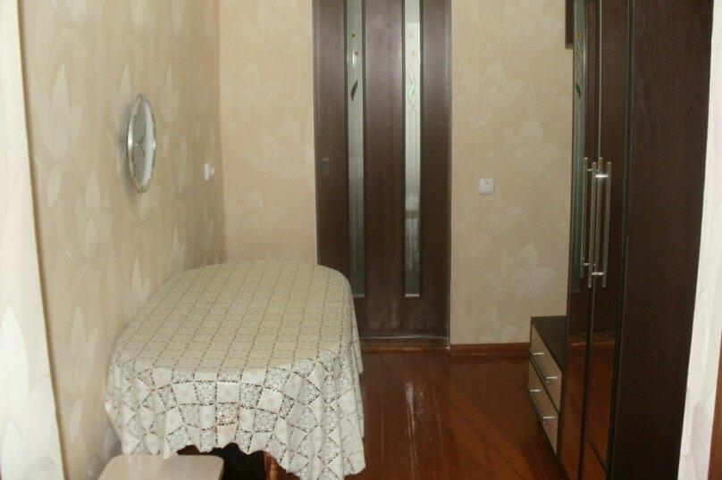 2-комн. квартира, 40 кв.м. на 4 человека, проспект Айвазовского, 4А, Феодосия - Фотография 6