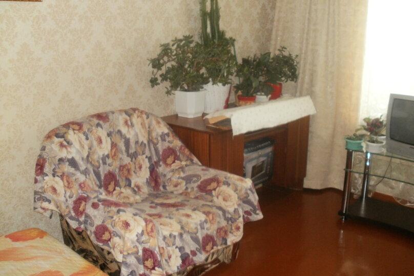 2-комн. квартира, 40 кв.м. на 4 человека, проспект Айвазовского, 4А, Феодосия - Фотография 9