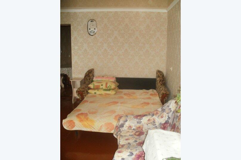 2-комн. квартира, 40 кв.м. на 4 человека, проспект Айвазовского, 4А, Феодосия - Фотография 10