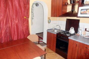 Дом в общем дворе (квартира на земле) на 6 человек, 2 спальни, улица Мориса Тореза, 9, Евпатория - Фотография 4