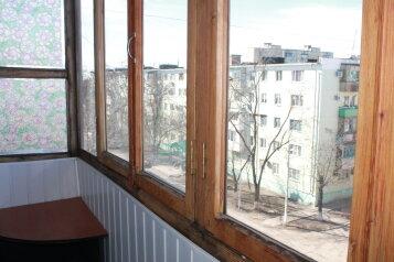 2-комн. квартира, 52 кв.м. на 5 человек, улица Розы Люксембург, 179, Ейск - Фотография 2