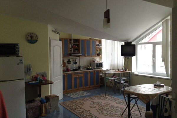 2-комн. квартира, 35 кв.м. на 4 человека, Кооператив Дельфин, 6, Алушта - Фотография 1
